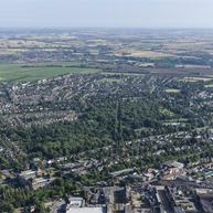 Letchworth_Aerial_Photo_town_centre_Broadway_Gardens_small